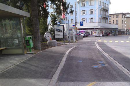 schiabach_Bushaltestelle-Promenade-Blickrichtung-Platz_600_06.jpg